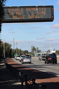 Warning on Kwinana freeway